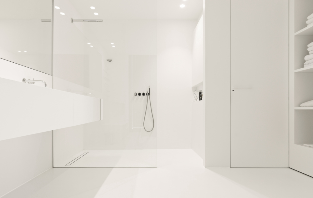 photo by Bert Vereecke of bathroom (Harelbeke) for Liquidfloors