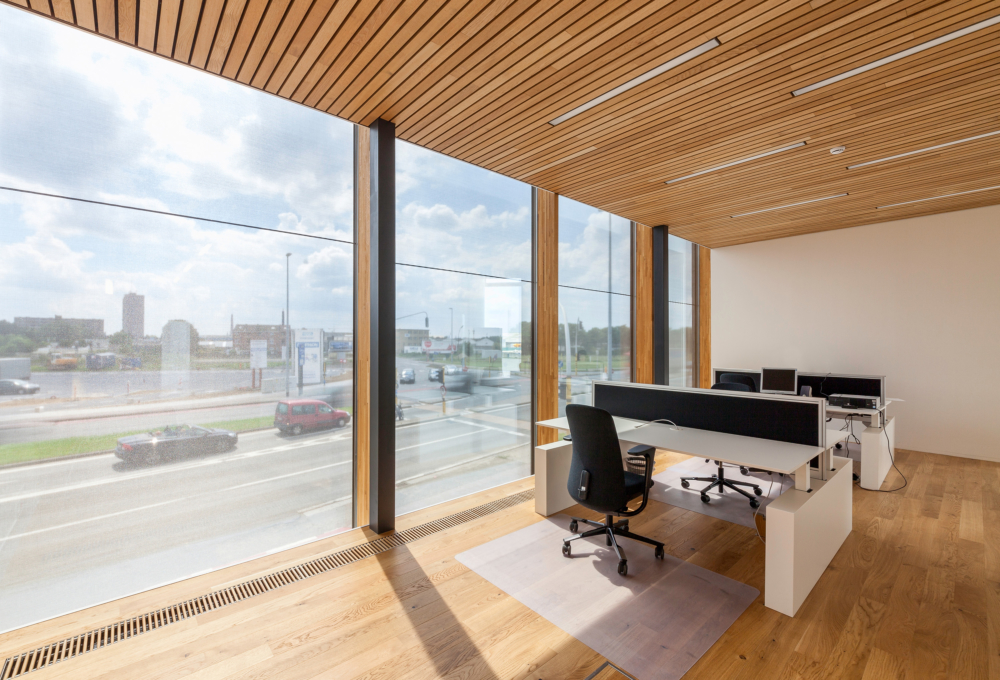 photo by Bert Vereecke of office (Havengebouw Gent) for Woodframes