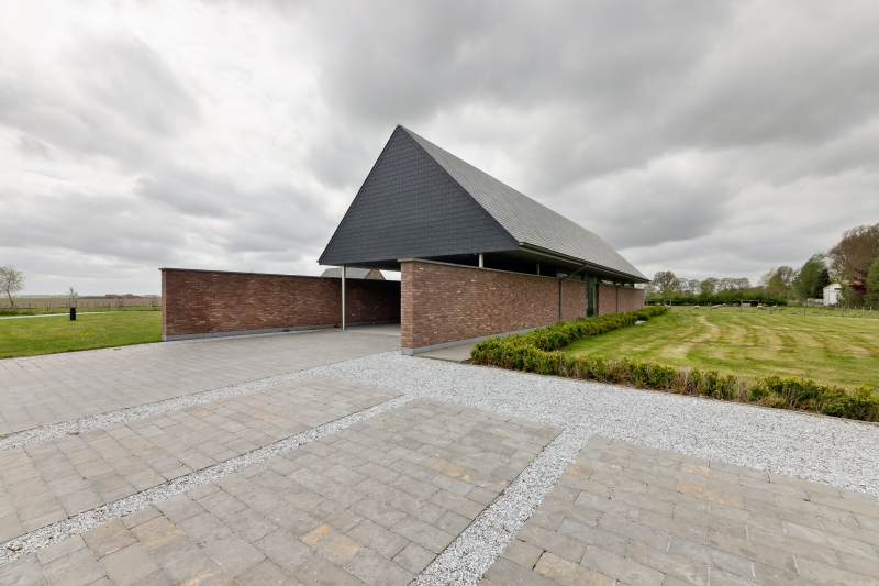 photo by Bert Vereecke of residental home (Waterland-Oudeman) for architect Luc Groosman