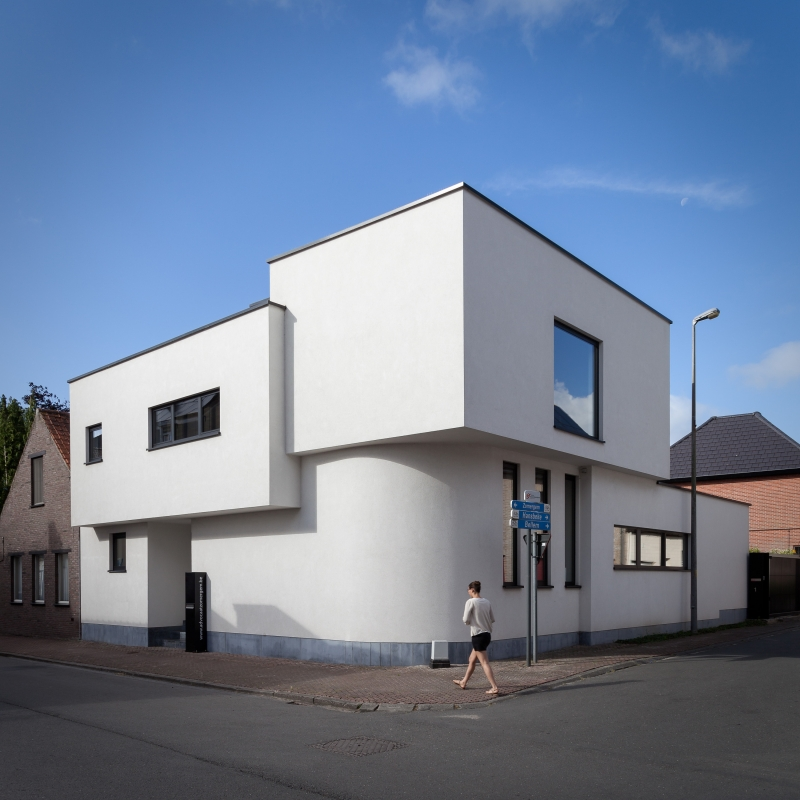 photo by Bert Vereecke of lawyer office building Marnix Moerman for Studio Crul (Zomergem)