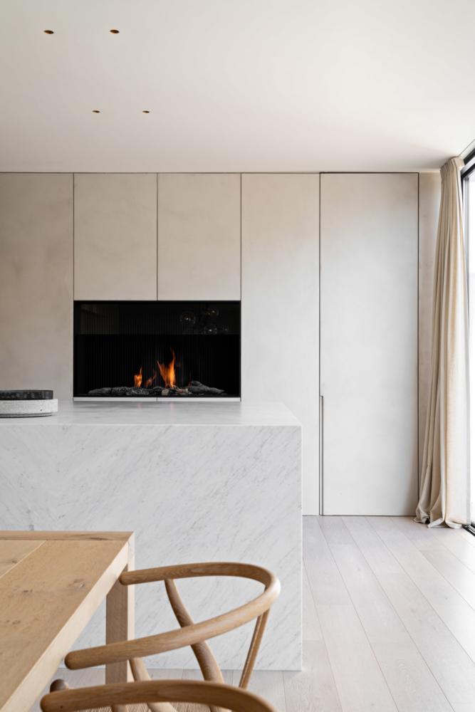 photo by Bert Vereecke of interior (Oostende) for Potier Stone