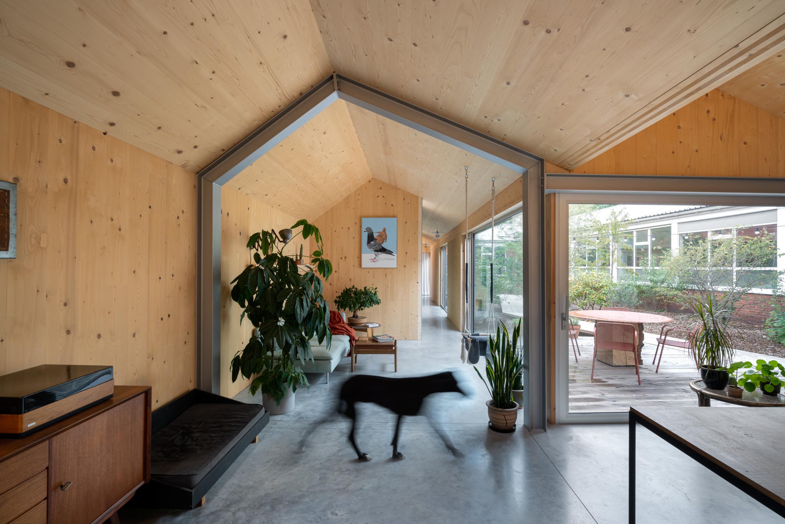 photo by Bert Vereecke of interior (Pulle) for Objekt Architecten